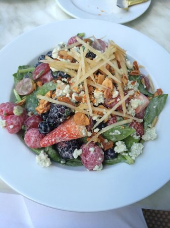 Cassis American Brasserie: Mixed fruit salad