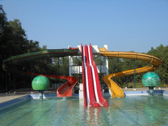 Dadra resort updated 2017 hotel reviews price - Hotels in silvassa with swimming pool ...
