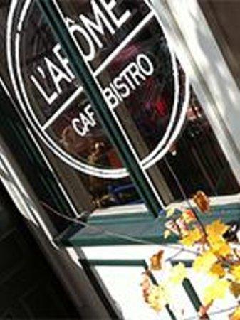 L'Arome Cafe Bistro: getlstd_property_photo