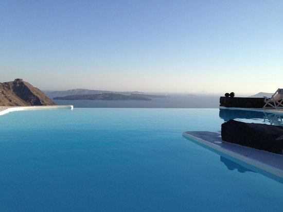 Aenaon Villas: Fantasy Island at its best!