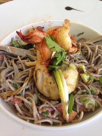 L' Esprit: Soba and shrimp