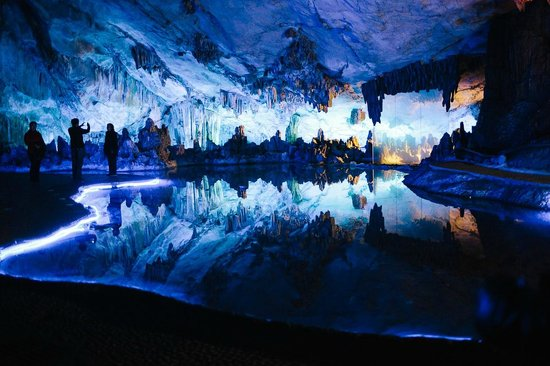 Wendy Wei Tours - Day Tour: Reed Flute Cave