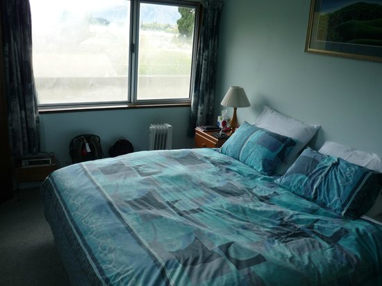Harpers Bed and Breakfast: Bedroom in B&B Harpers, Wanaka NZ
