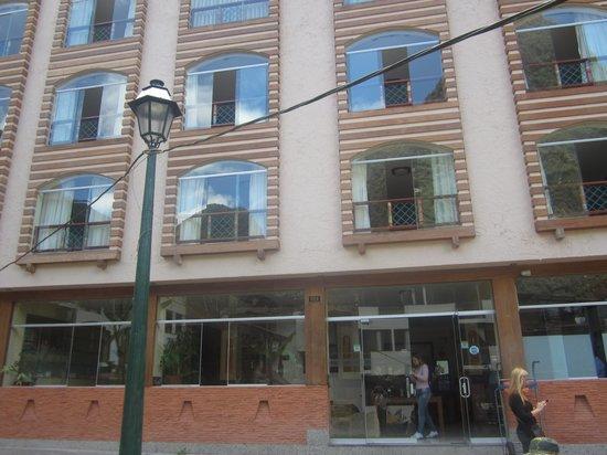 Taypikala Hotel Machupicchu: our room was on 3rd floor