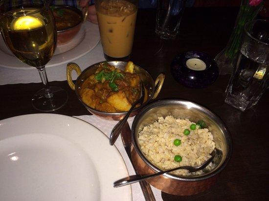 Namaste Kitchen: Gobi Masala along with brown rice.