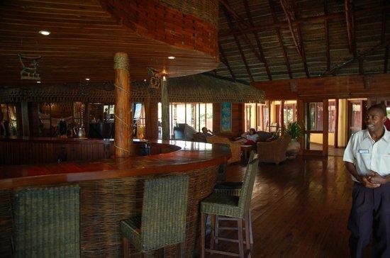 Flamingo Bay Water Lodge: The bar at Flamingo Bay