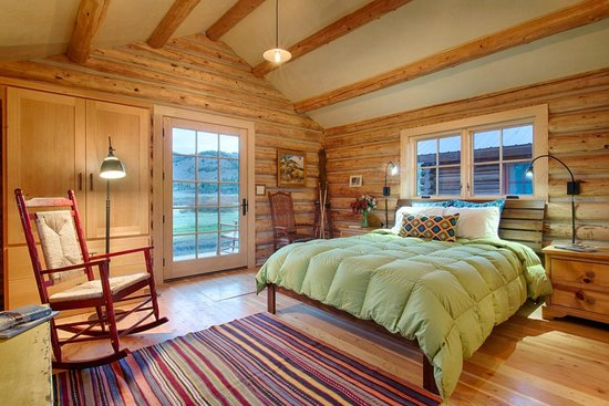 Turpin Meadow Ranch: Enjoy the gas-lit fireplaces and down duvets after your day of adventure.