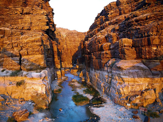 Memphis Tours: Experience Wadi Al Mujeb- Hiking&Trekking throgh very long distance by Jorda Echo Tours