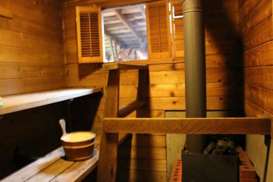 Sauna House B&B: The little sauna :)