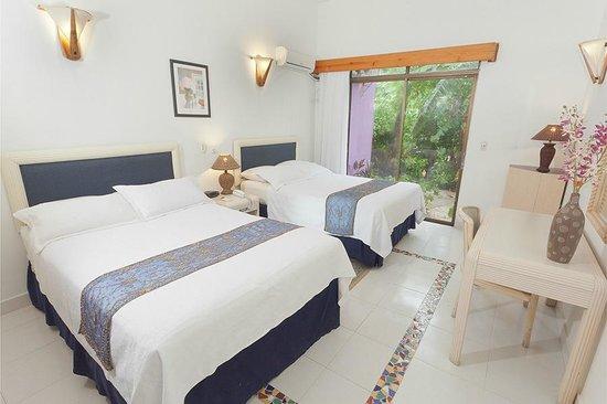 Cocoplum Beach Hotel : habitacion familiar