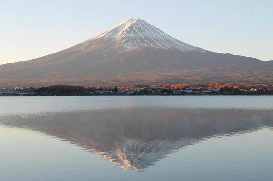 Shuhokaku Kogetsu: Get up early for the morning light on Fuji