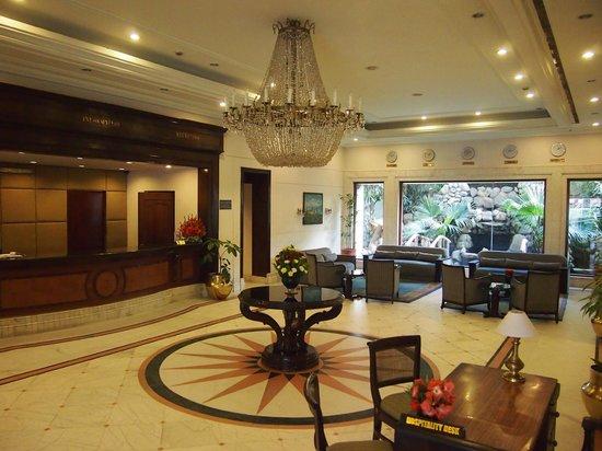 Grand Hotel Kathmandu: Foyer