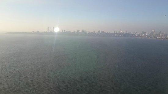 Trident, Nariman Point: 32nd Floor view