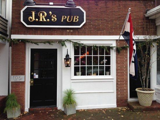 JR's Past-Time Pub: 337 1/2 High Street