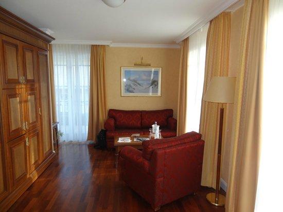 Hotel Vier Jahreszeiten Kühlungsborn: Wohnzimmer Suite 144