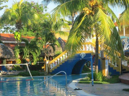 Brisas Trinidad del Mar: amenagement piscine
