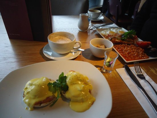 All Bar One Waterloo: Breakfast