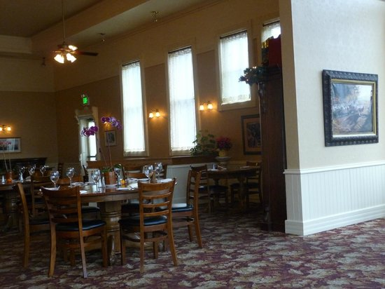 Westport Hotel : Inside