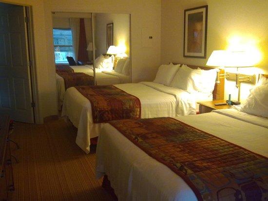 Residence Inn by Marriott Orlando at SeaWorld: Residence Inn Bedroom