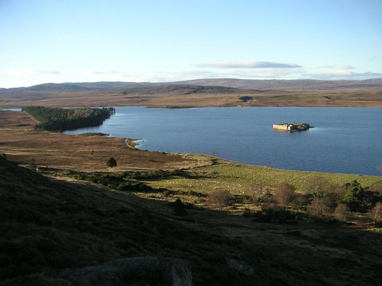 Rosegrove Guest House : Lochindorb freshwater loch north of Grantown on Spey near Rosegrove