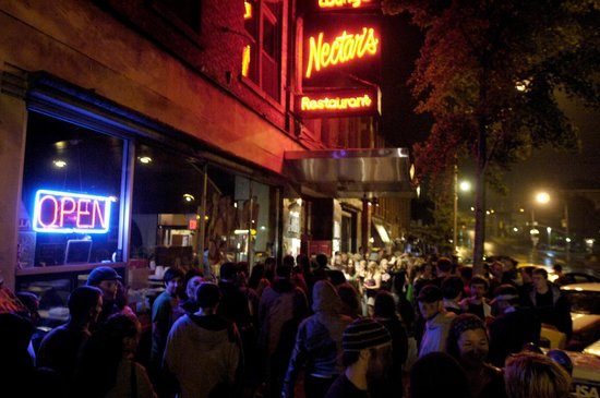 Nectar's: A typical scene out front