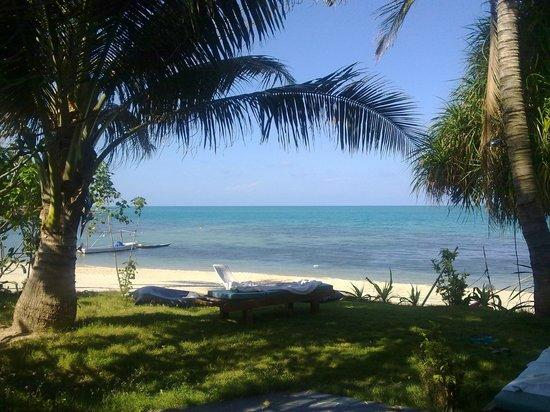 Arayaburi Boutique Resort: Отельский пляж