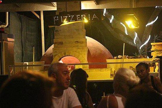 Amici Ristorante Pizzeria: grand opening