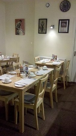 The Lenbrook: Breakfast Room