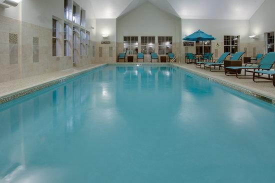 Residence Inn Springfield Chicopee: Indoor Pool