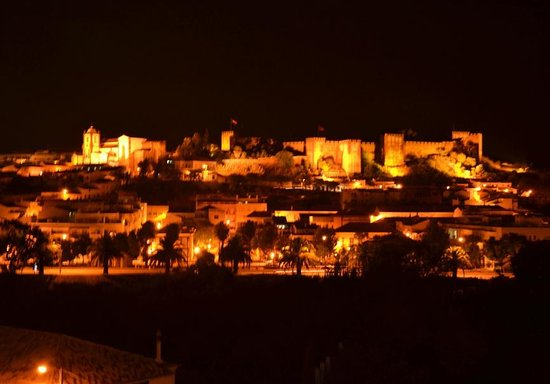 Colina dos Mouros : View from our room at night
