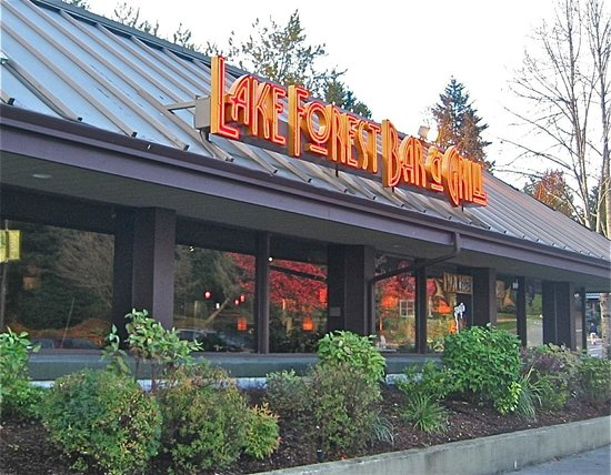 Lake Forest Park, WA: Front view of Lake Forest Bar & Grill