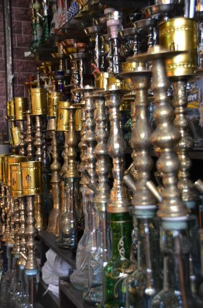 Istanbul Urban Adventures : narghile shop