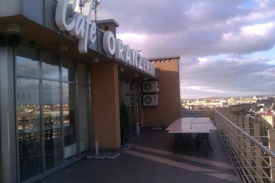 Cafe Oranzeria: Skylten