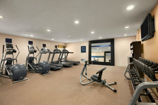 Hampton Inn Cadillac: Fitness Room