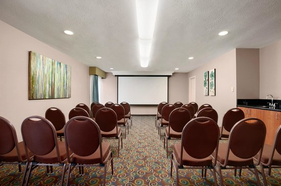 Hampton Inn Cadillac: Meeting & Conference Room