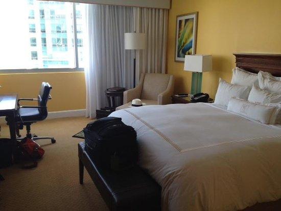 JW Marriott Miami: room