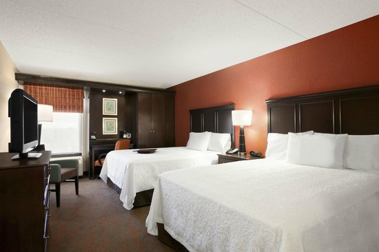 Hampton Inn Chicago-Midway Airport : Double Double Guest Room