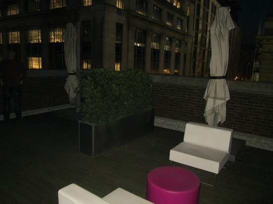 Apex City of London Hotel: Our balcony