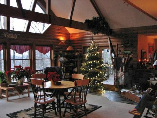 Bear Mountain Lodge: Common/Great Room