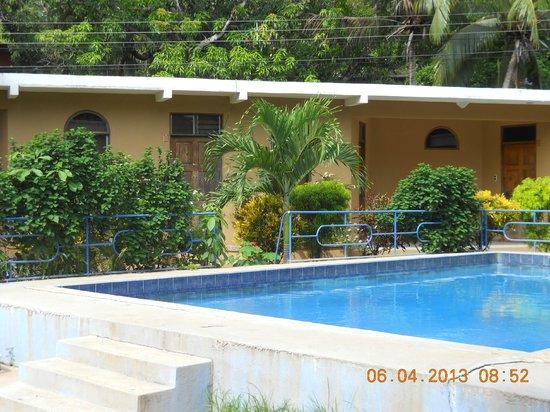 Kikes Place: area de piscina