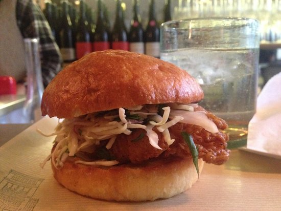 Verjus : fried chicken sandwich