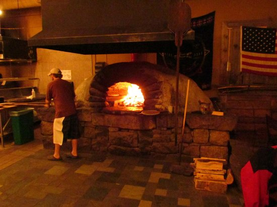 Flatbread Co: Nice & Cozy by the fire.