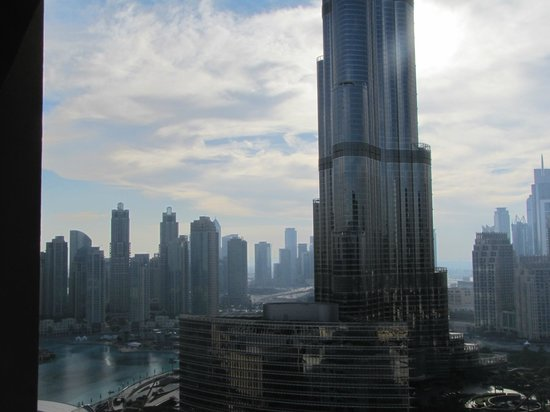 The Address Dubai Mall : Burj Khalifa View from our studio