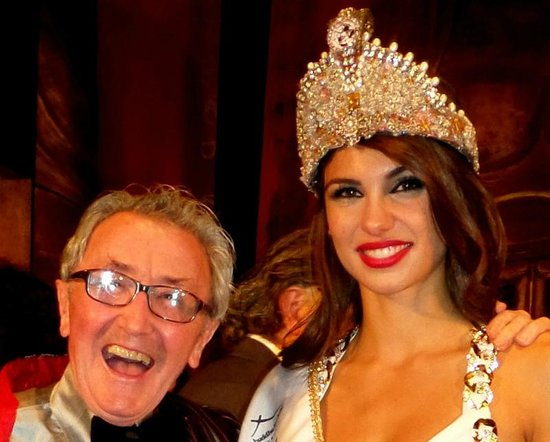 Buddha-Bar Hotel Budapest Klotild Palace: The Dining room 'World Top Model' event...with my crown..