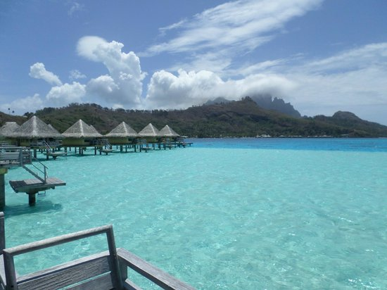 InterContinental Bora Bora Le Moana Resort: view from overwater horizon bungalow