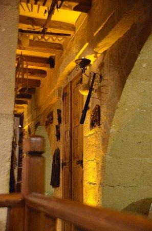 Dibek: the corridor to the kitchen