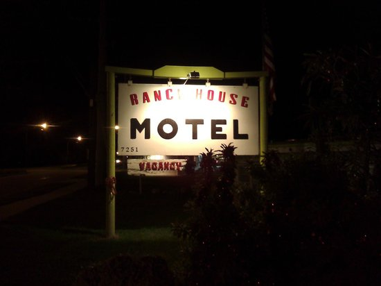 Ranch House Motel: At night