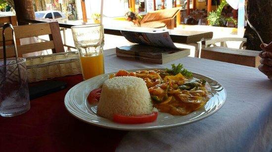 cafe habana : Moqueca de camarão.