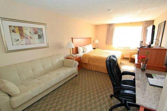 Comfort Inn Kirkland: Guest Room