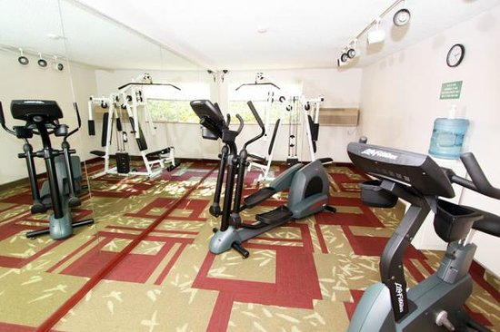 Comfort Inn Kirkland: Fitness Center
